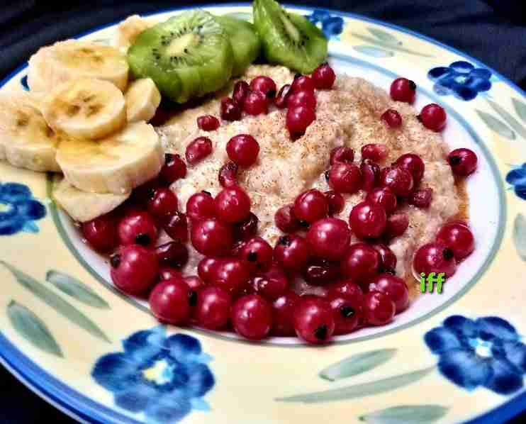 Oatmeal with fruit recipe